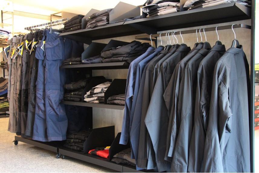 Große Auswahl an Arbeitsbekleidung
